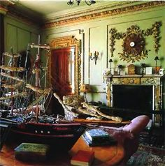 Classic-Interior-nad-Accessories-Decoration-of-Old-Country-House-in-England-570x575.jpg (570×575)