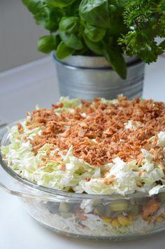 Sałatka Hit imprezy z kurczakiem - KulinarnePrzeboje.pl Grains, Rice, Diet, Kitchens, New Years Eve, Salads, Seeds, Laughter, Jim Rice
