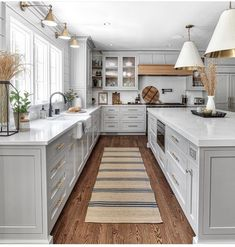 continue to raise the bar in kitchen design. Just study these photos to really take in all the little details and how beautifully they come together to make one stellar kitchen! What do you think of this kitchen Home Decor Kitchen, New Kitchen, Home Kitchens, Kitchen Ideas, Dream Kitchens, Remodeled Kitchens, Light Grey Kitchens, Interior Modern, Interior Design Kitchen