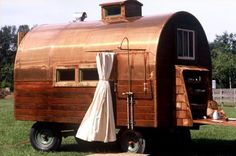 glamping   Glamping ideas / Just love the outside shower