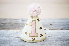Girls Birthday Twinkle Little Star Party Hat – Gold or Silver and Pink – Cake Smash - Pink Cake Decoration Ideen New Birthday Cake, Baby Girl First Birthday, First Birthday Parties, First Birthdays, Birthday Ideas, Birthday Recipes, Star Wars Party, Star Party, Pink Und Gold