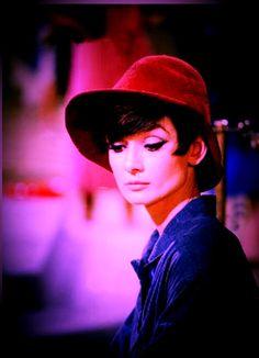 Audrey color life