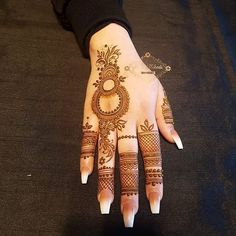 Mehndi Designs: Simple And Easy Henna Finger Henna Designs, Arabic Henna Designs, Mehndi Designs For Girls, Mehndi Designs For Beginners, Stylish Mehndi Designs, Dulhan Mehndi Designs, Mehndi Design Photos, Mehndi Designs For Fingers, Latest Mehndi Designs