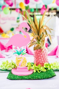 Tropical flamingo table centerpiece from a Chic Flamingo Birthday Party on Kara's Party Ideas | KarasPartyIdeas.com (26)