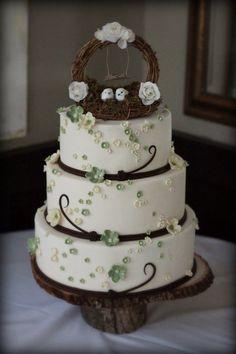 Woodland Wedding Cake - love the little birdie's!