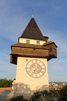 Austria, Styria, Graz, View of clock tower on Schlossberg hill Romanesque Architecture, Architecture Details, Unusual Clocks, Medieval Gothic, What Time Is, Antique Clocks, Historical Photos, Austria, Big Ben