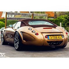 Wiesmann Roadster GT MF5. Feel sorry to hear they stopped building these