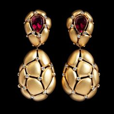 Mousson Atelier Cotton Collection Earrings Yellow gold, Tourmaline rubellite, Diamonds