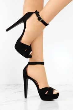 high heels – High Heels Daily Heels, stilettos and women's Shoes Fancy Shoes, Pretty Shoes, Cute Shoes, Me Too Shoes, Cute High Heels, Black High Heels, Shoe Boots, Shoes Heels, Prom Shoes