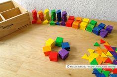 quadratische Legeplättchen der Spielgabe 7 nach Fröbel