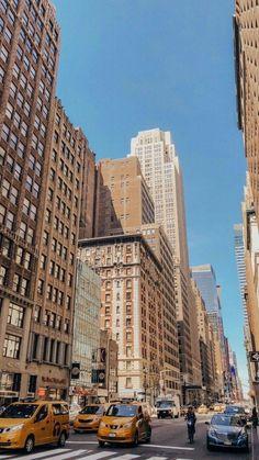 Vintage new york wallpaper ; vintage new york tapete ; papier peint vintage new york ; New York Wallpaper, City Wallpaper, Wallpaper Quotes, Wallpaper Lockscreen, Screen Wallpaper, New York Life, Nyc Life, City Aesthetic, Travel Aesthetic