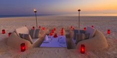 sand castle dining... There's a beach project I can get into!