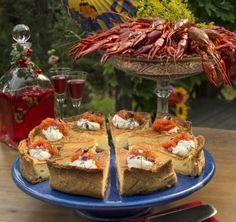 Västerbottenspaj till kräftkalaset!   Allas Recept Crawfish Party, Camembert Cheese, Enchanted, Parties, Europe, Holidays, Elegant, Halloween, Drinks