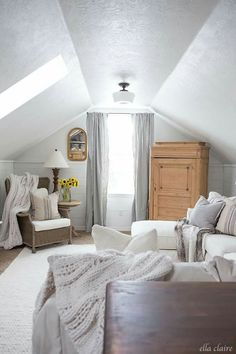 Majestic Attic heirlooms bedroom,Attic bedroom loft and Attic room above garage. Attic Bedrooms, Upstairs Bedroom, Attic Bathroom, Bathroom Grey, Modern Bathroom, Attic Renovation, Attic Remodel, Room Above Garage, Garage Attic