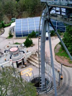Oblivion drop~Alton Towers in the UK Roller Coaster Theme, Crazy Roller Coaster, Best Roller Coasters, Alton Towers Rides, Water Park Rides, Thorpe Park, Fair Rides, All Ride, Visit Britain
