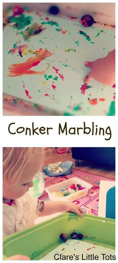 Conker marbling fun painting idea for toddlers and preschools. Perfect craft for autumn / fall.