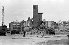 De verwoeste Camiz zuivelfabriek aan de Westervoortsedijk in 1945 - Serc
