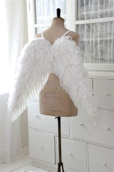 Vintage chic: Om giner og englevinger/ angel wings