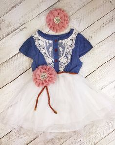 This little girl and toddler cowgirl lace dress is perfect for those special occasions.Comes with flower belt and matching headband. (*girl, flower girl dress - toddler dress, lace girl dress, birthda