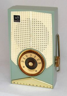 https://flic.kr/p/Jco2By | Vintage Westinghouse Transistor Radio, Model H699P7 (Green & White), 7 Transistors, AM Band Only, Made In USA, Circa 1959