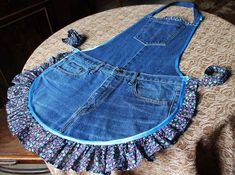 Sewing Clothes Diy Upcycling Projects 57 Ideas For 2019 - Sewing - dresses for work Sewing Dress, Sewing Aprons, Sewing Clothes, Diy Clothes, Denim Aprons, Artisanats Denim, Denim Fabric, Diy Jeans, Jean Apron