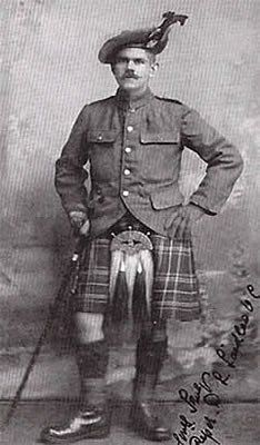 Piper Daniel Laidlaw 'The Piper of Loos'.
