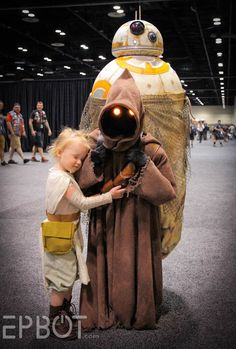 Star Wars Celebration 2017. Jen Yates as a Jawa carrying BB-8 was a hit with the littlest fans!