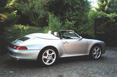 One of the rarest Porsches ever to be built. The Porsche 993 Speedster. Only two of them do exist in the world!