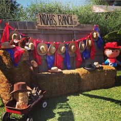 JDL Design and Event Planning's Birthday / Western Cowboy - Birthday Bash at Noah's Ranch at Catch My Party Cowboy First Birthday, Rodeo Birthday, Farm Birthday, 1st Birthday Parties, Rodeo Party, Cowboy Theme Party, Cowboy Party Centerpiece, Western Party Decorations, Western Parties
