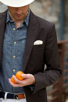 Where did chambray fabric come from? Learn the history of chambray fabric from its vague beginnings to being used in chambray shirts, suits, pants and ties. Stylish Mens Fashion, Stylish Mens Outfits, Hipster Outfits, Hipster Fashion, Urban Fashion, Fashion Edgy, Fashion Ideas, Fashion Inspiration, Fashion Outfits