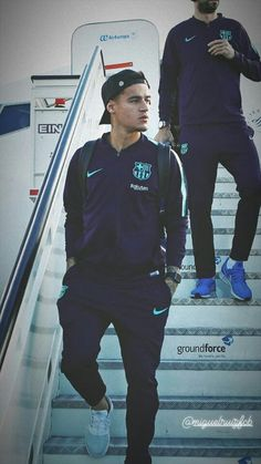 Jugadores del Barça Football Is Life, Football Soccer, Camp Nou, Neymar, Coutinho Wallpaper, Fc Barcelona Wallpapers, Red Star Belgrade, Philippe Coutinho, Sport