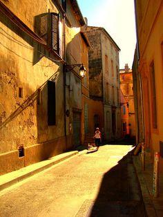 Arles, France by Ferry Vermeer (slowing down), via Flickr