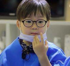 #Cr. แม่3แสบ #Daehan Minguk ManSe# Thailand FB #Song's Cute Triplets Cute Kids, Cute Babies, Superman Kids, Man Se, Song Daehan, Song Triplets, Korean Babies, Celebrity Dads, Baby Pictures