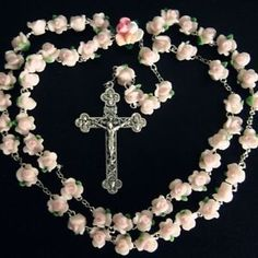 beautiful-Pink-Soft-Cerami-BEADS-ROSE-ROSARY-CROSS-Catholic-Crucifix-Necklace