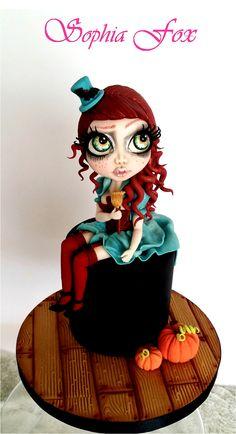 """""""Lady Halloween"""" - Modeling in Sugarpaste"""