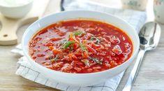 borsc2 Czech Recipes, Russian Recipes, Ethnic Recipes, Soup Cleanse, Detox Soup, Delia Smith, Polish Recipes, Christmas Baking, Cheeseburger Chowder