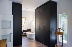 Mobilier Cuisines Design, Cut, Conception, Bathtub, Bathroom, Wood Veneer, Closet Rod, Mirrors, Openness