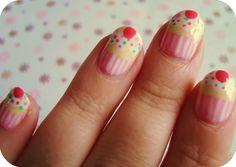 Cupcake fingernails!