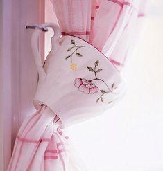 Creative DIY Window Treatments | Rustic Crafts & Chic Decor