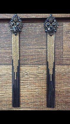 Brinco com franjas preto e dourado - Flávia Caldeira