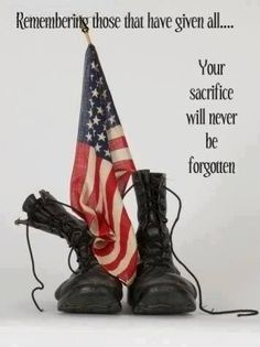 Memorial Day, July - Red, White, Blue - Your sacrifice will never be forgotten. Patriotic Pictures, Patriotic Quotes, Patriotic Tattoos, Military Quotes, Military Life, Military Veterans, Military Pictures, I Love America, God Bless America