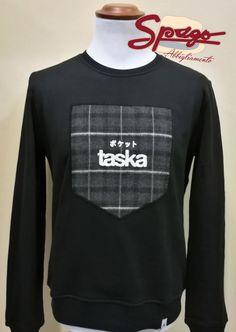 [FELPA TASKA]  Disponibile in due colori  In negozio oppure sullo store online - http://www.spagoabbigliamento.it/prodotto/felpa-taska-newcollection/  #NuovaCollezione #NewCollection #felpa #sweater #SpagoAbbigliamento #AbbigliamentoUomo #Natale #Christmas #IdeeRegalo #AbbigliamentoRavenna #Accessori #shoponline #abbigliamentoonline #taskaofficial #taskaabbigliamento #abbigliamentomadeinitaly Ravenna Abbigliamento Uomo RavennaToday