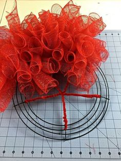 deco mesh wreaths I have a friend who loves ladybugs, so I made these fun deco mesh ladybug hanging for her front door! I began with this 12 inch wire wreath form and secured red pipe Mesh Wreath Tutorial, Diy Wreath, Wreath Crafts, Wreath Ideas, Tulle Wreath, Wreath Making, Lady Bug, Christmas Ornament Wreath, Christmas Wreaths