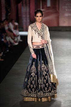 Anju Modi at India Couture Week 2014