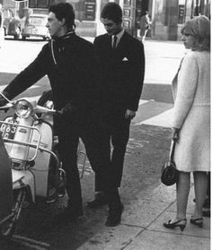 Mods and scooter. Les Dawson, Fred Perry Polo, Tailor Made Suits, Youth Subcultures, Mod Scooter, Acid House, Teddy Boys, African Tribes, Indie Kids