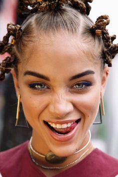 Call it Bantu Knots or style; they are one of the protective hairstyles for … Call it Bantu Knots or style; they are one of the protective hairstyles for the afro hair type. The frizzy hair types also… Continue Reading → Jasmine Sanders, Bantu Knot Hairstyles, Protective Hairstyles, Long Hairstyles, Girl Face, Woman Face, Afro Look, 90s Grunge Hair, Curly Hair Styles