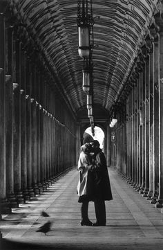Shooting Film: 25 Breathtaking Black and White Photos of Italy Taken by Gianni Berengo Gardin in the 1960s