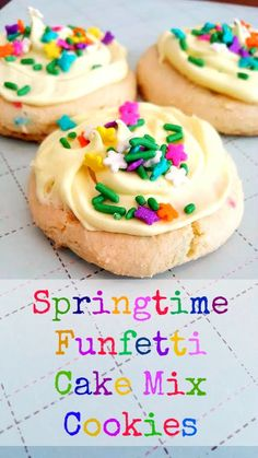 Spring Cake Mix Cookie Recipe from @2kidsandacoupon are a simple and delicious Easter treat even the kids can help bake!