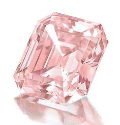 6.61ct Fancy Intense Pink VS2