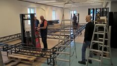 Tietomaan neljännen kerroksen näyttelytilat ovat juuri sopivan kokoiset suurelle elokuvamaailmalle. Kokonaisuus on valmiina vaikuttavannäköinen. Tiedekeskus Tietomaa, Luuppi, Oulu (Finland)